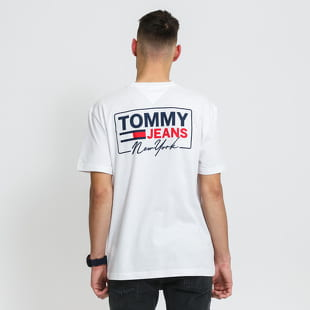 TOMMY JEANS M NY Script Box Back Logo Tee