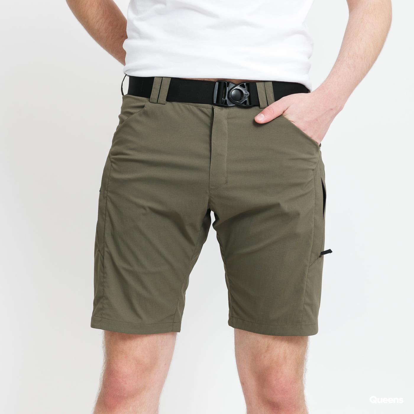POUTNIK BY TILAK London Shorts olivové