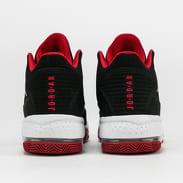 Jordan Max Aura 2 (GS) black / white - gym red