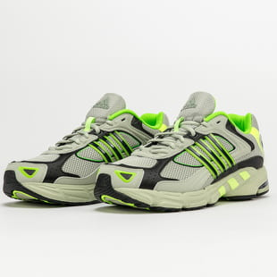 adidas Originals Response CL