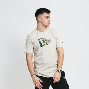 New Era Essential Flag Infill Tee