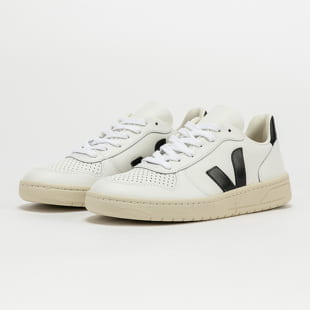 VEJA WM V-10 Leather