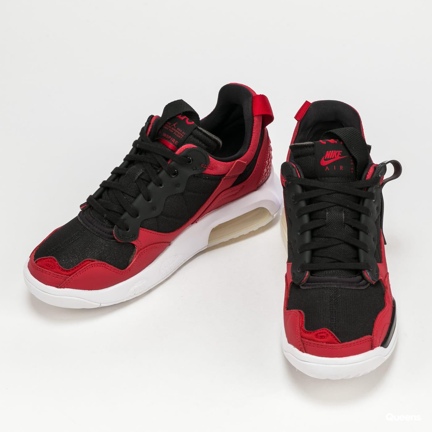 Jordan WMNS Jordan MA2 gym red / black - white