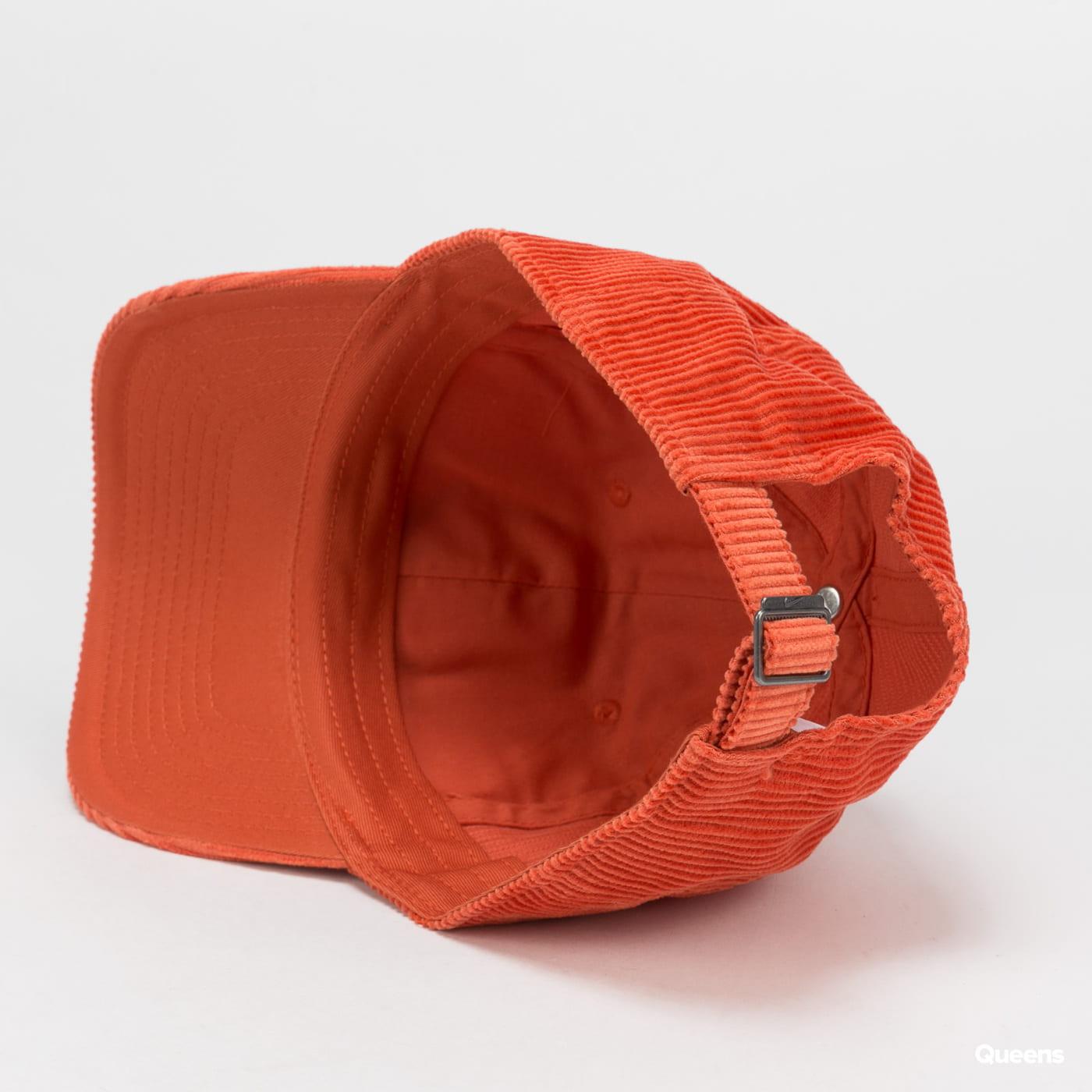 Nike U NSW H86 Futura Corduroy oranžová