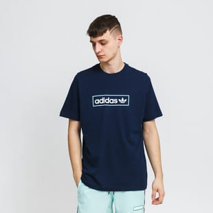 adidas Originals Linear Logo Tee