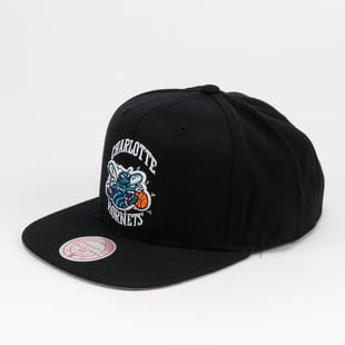 Mitchell & Ness Wool Solid Snapback Charlotte Hornets