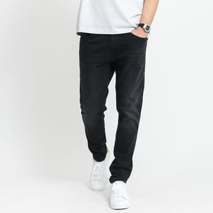 TOMMY JEANS M Austin Slim Tapered Jeans