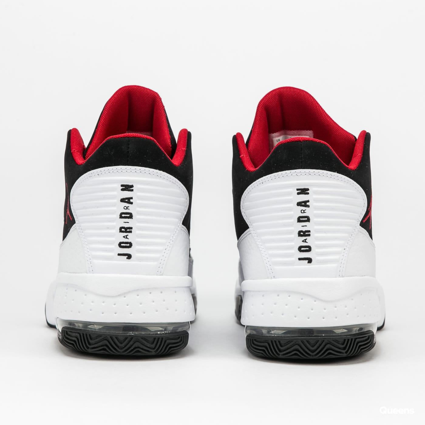 Jordan Max Aura 2 white / gym red - black