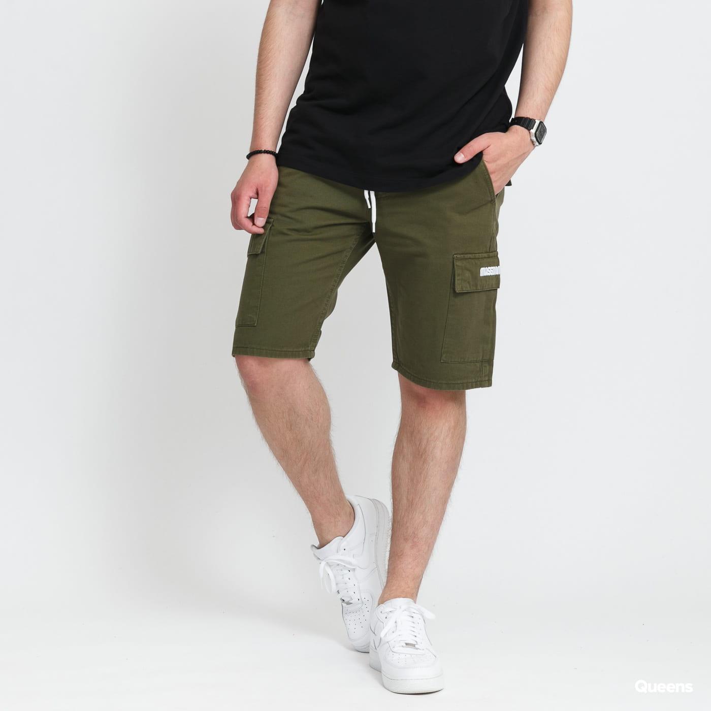 Mass DNM Cargo Shorts olivové