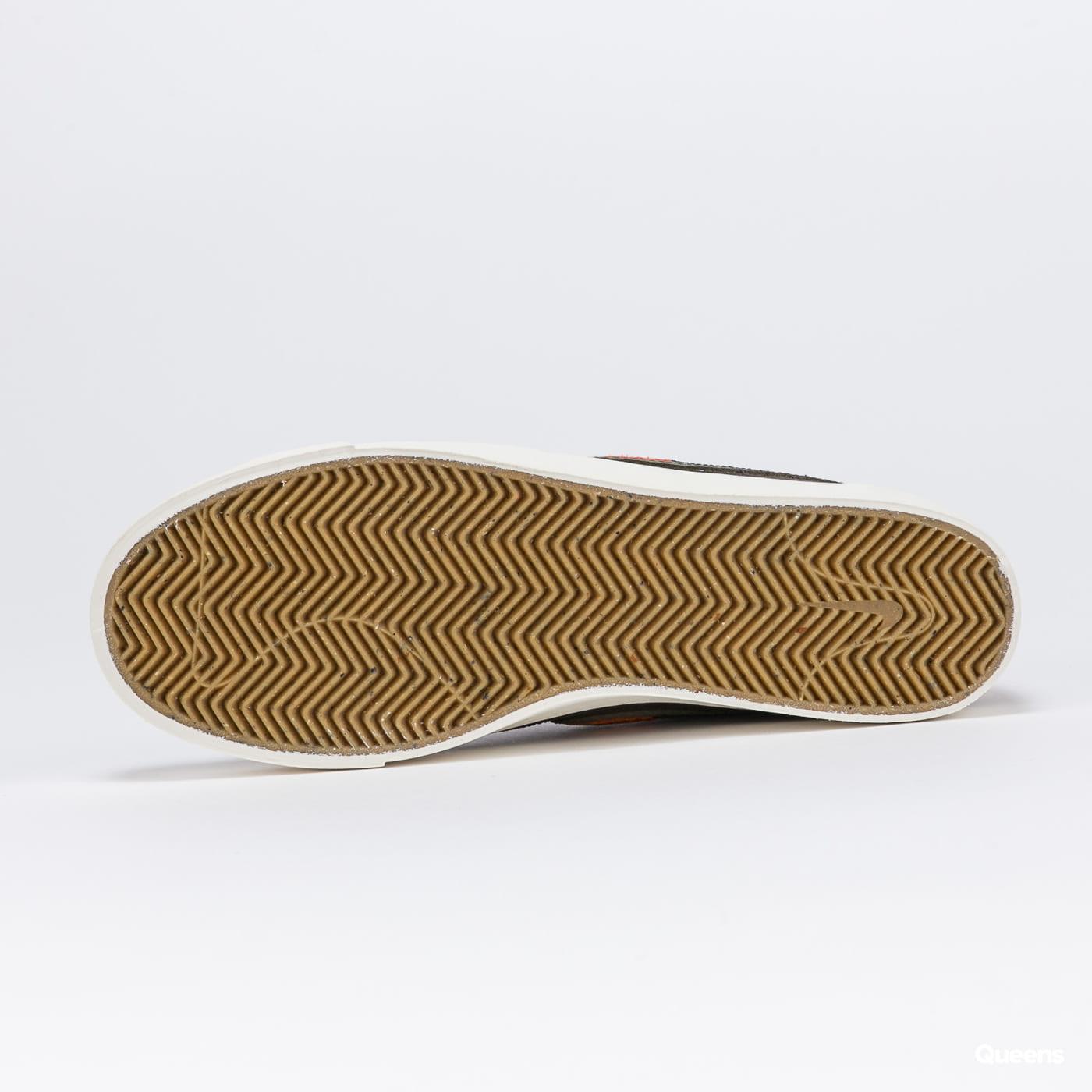 Nike SB Blazer Court DVDL baroque brown / medium olive