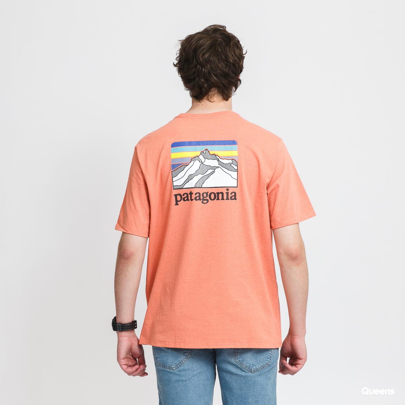 Patagonia M's Line Logo Ridge Pocket Responsibili Tee salmon