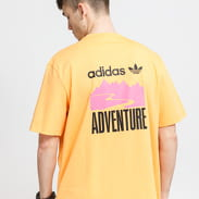 adidas Originals Adventure Mountain Back Print Tee oranžové