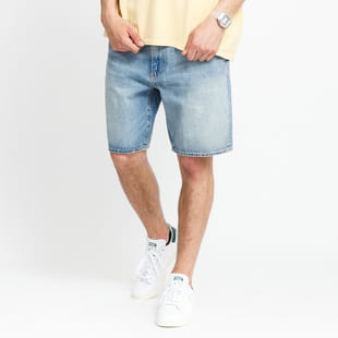 Levi's ® 469 Loose Short