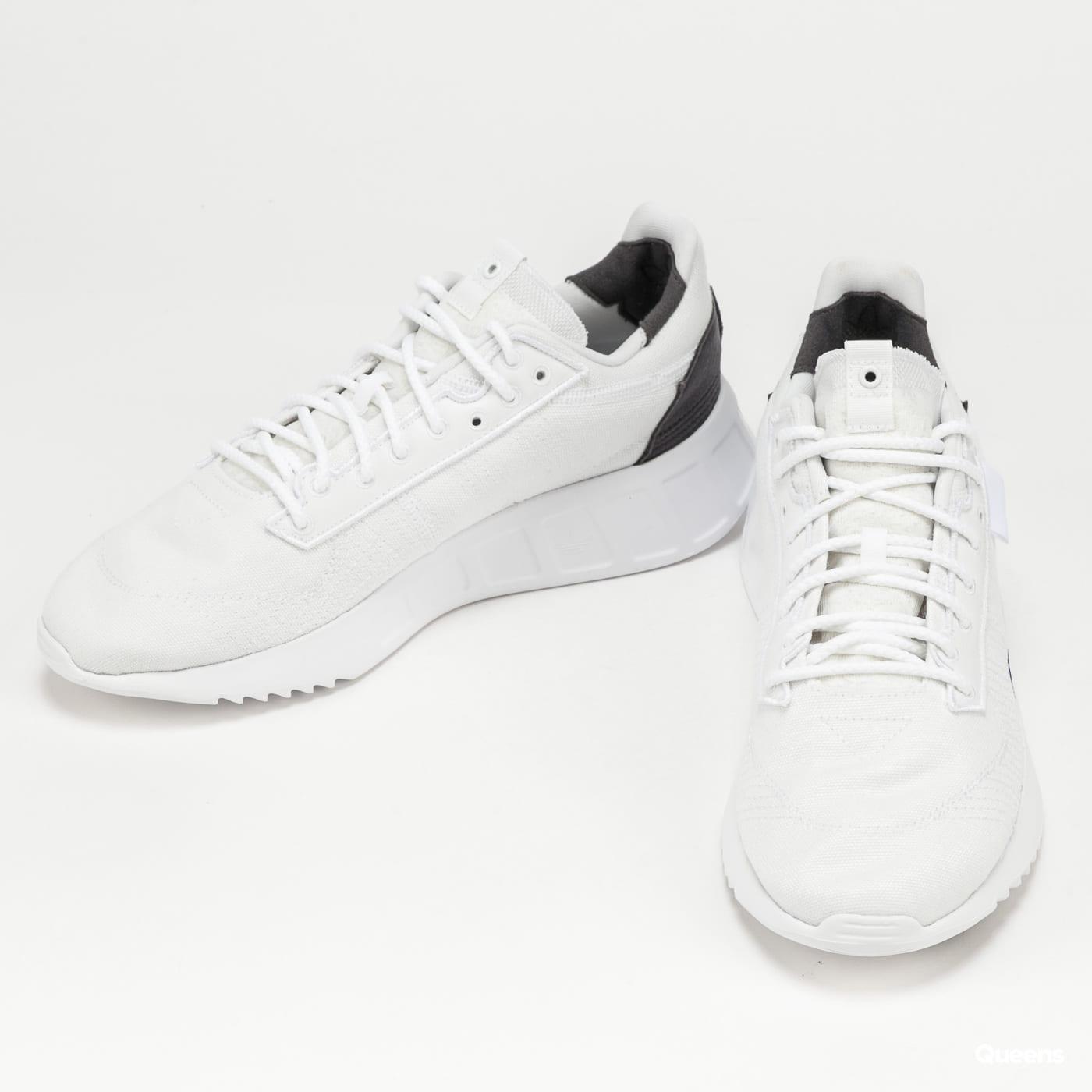 adidas Originals Geodiver+ Primeblue ftwwht / ftwwht / cblack