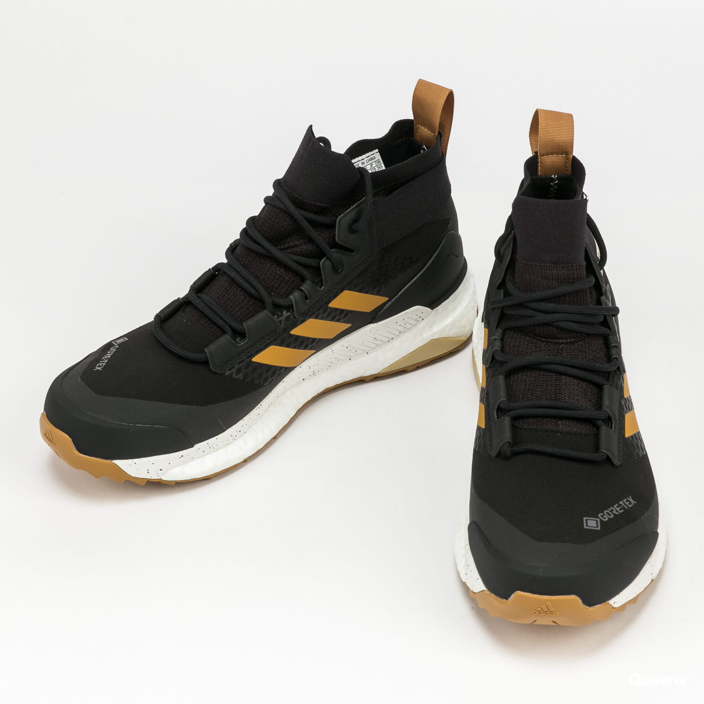 adidas Performance Terrex Free Hiker GTX cblack / mesa / crystal white