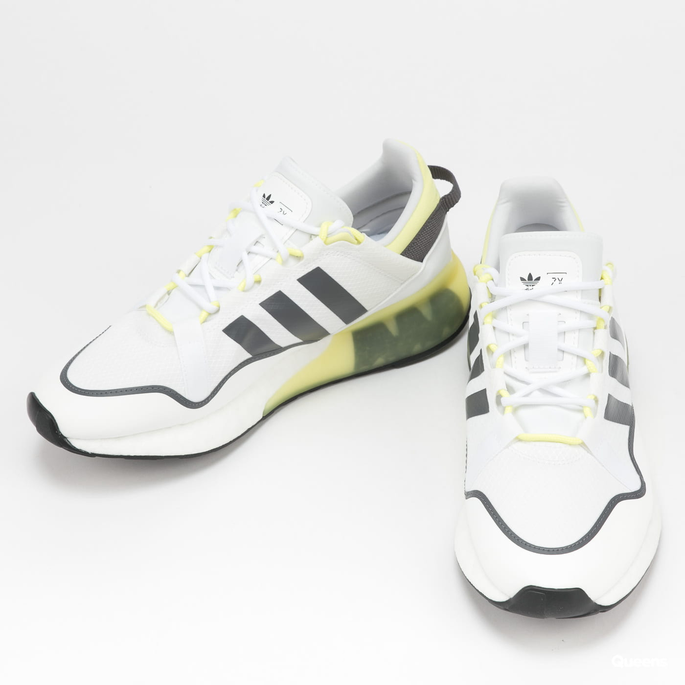 adidas Originals ZX 2K Boost Pure ftwwht / grefiv / pulyel