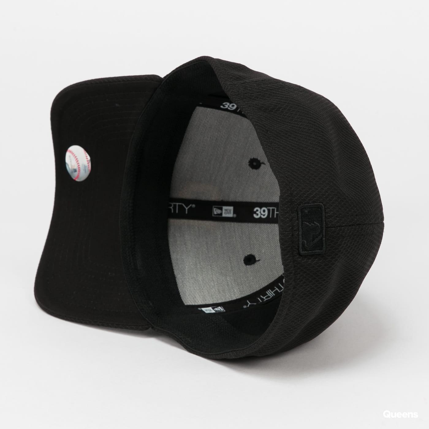 New Era 3930 MLB Diamond Era P gray / beige / pink / black
