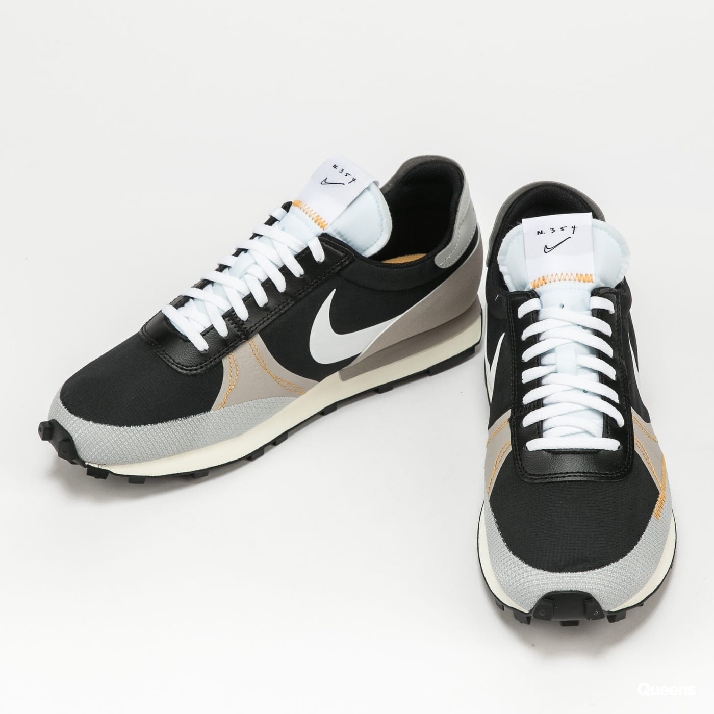 Nike Dbreak - Type SE black / white - grey fog