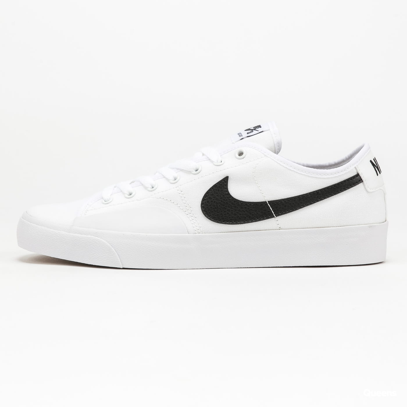 Nike SB Blazer Court white / black - white - black