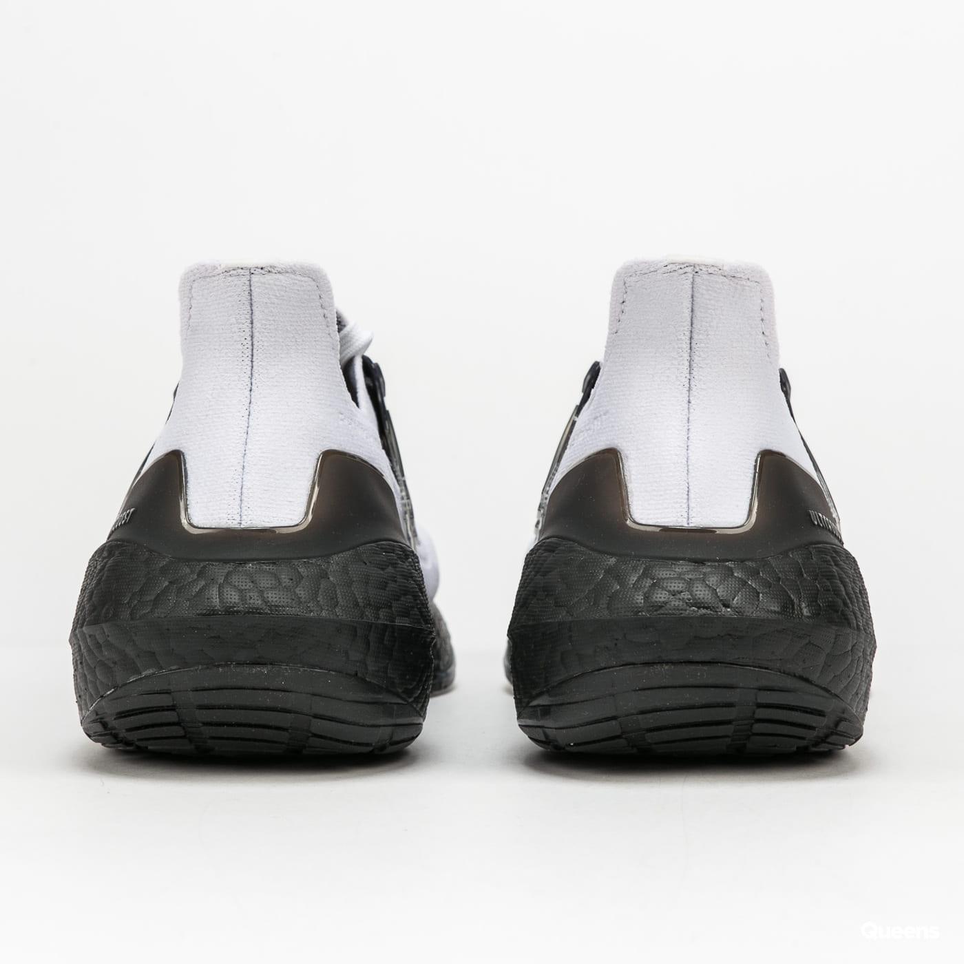 adidas Performance Ultraboost 21 ftwwht / cblack / grefiv