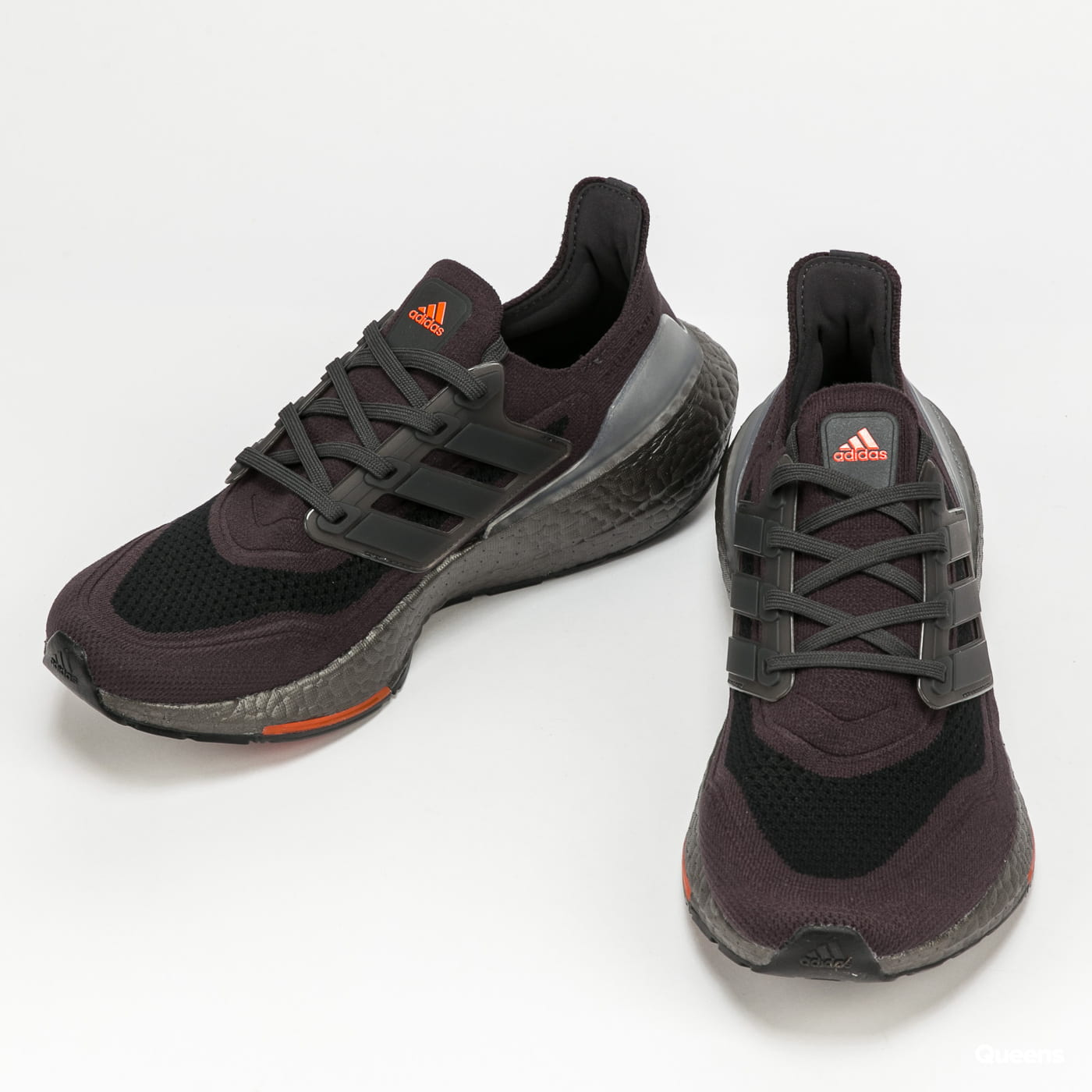 adidas Performance Ultraboost 21 carbon / carbon / solred