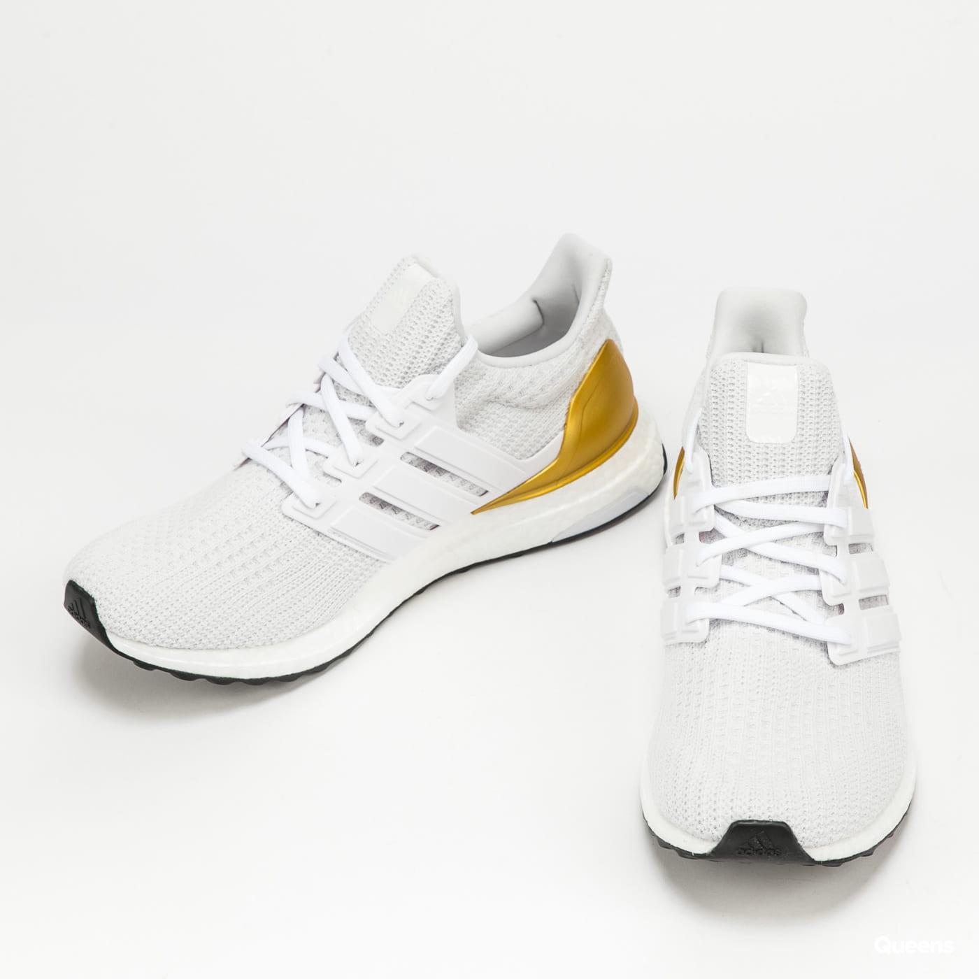 adidas Performance Ultraboost 4.0 DNA ftwwht / ftwwht / goldmt