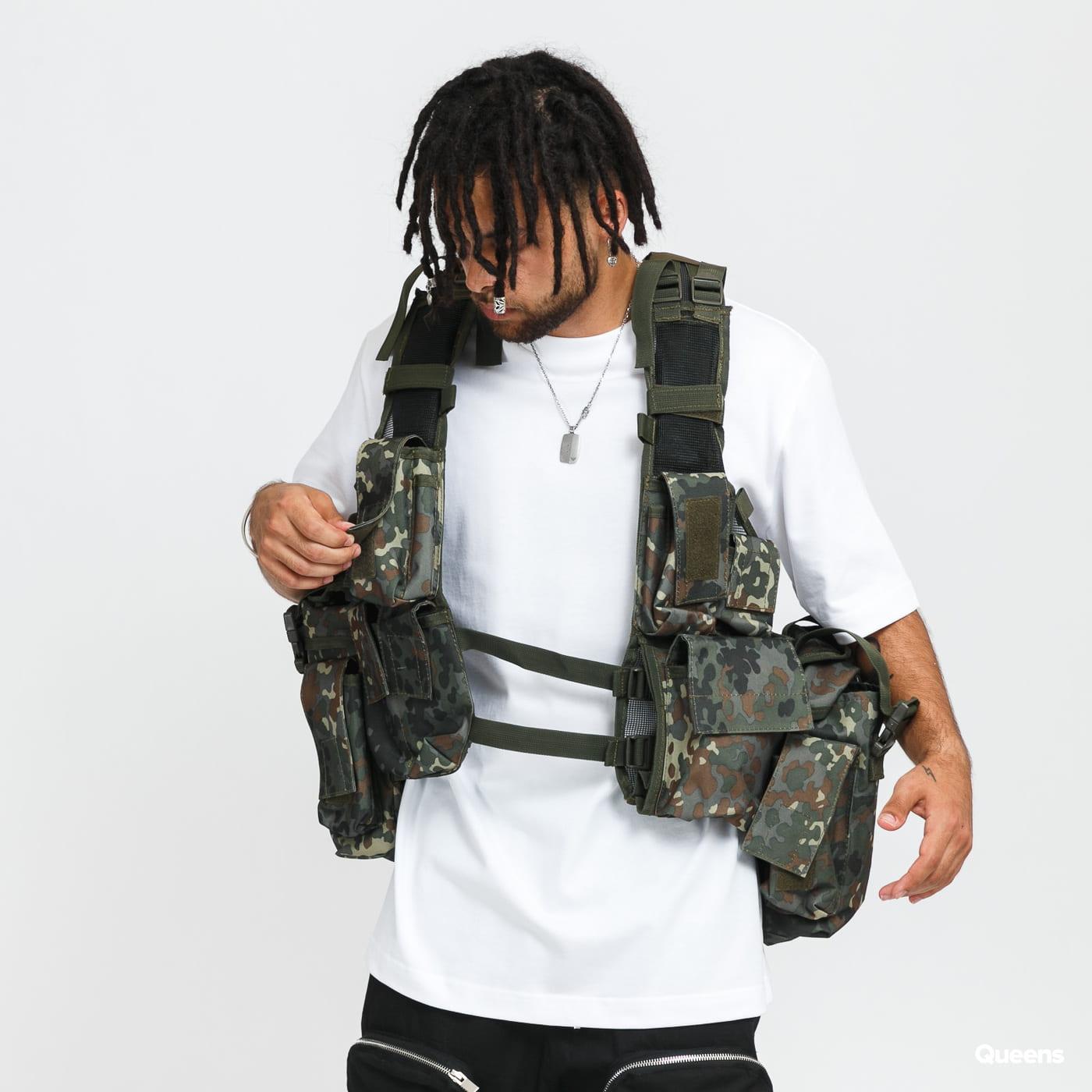 Urban Classics Tactical Vest camo green