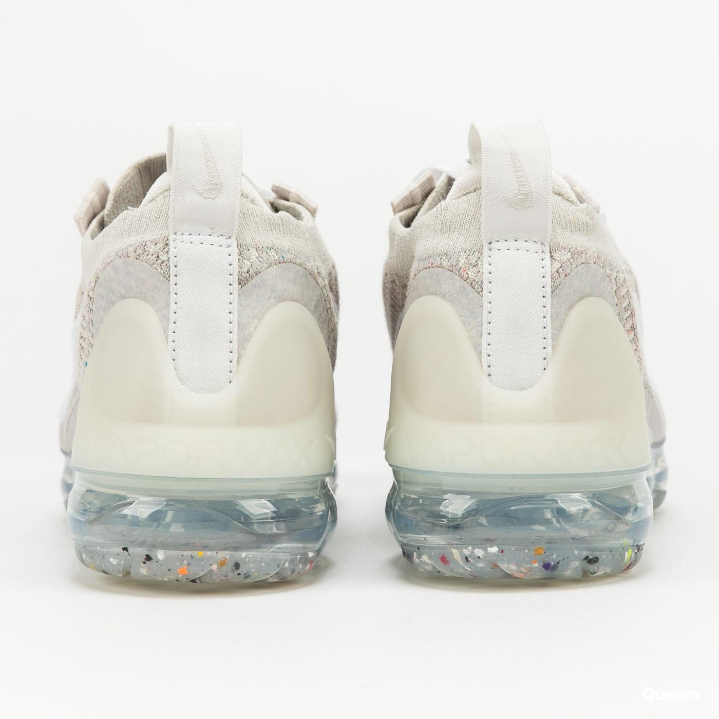 Nike W Air Vapormax 2021 FK light bone / white - phantom