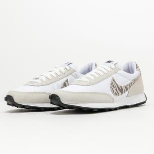Nike W Dbreak SE