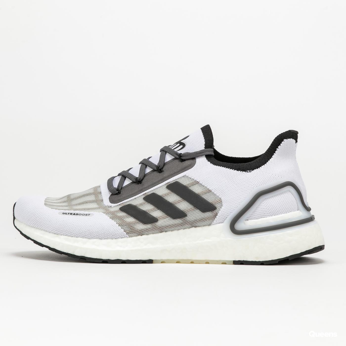 adidas Performance Ultraboost S.RDY X James Bond grey / white
