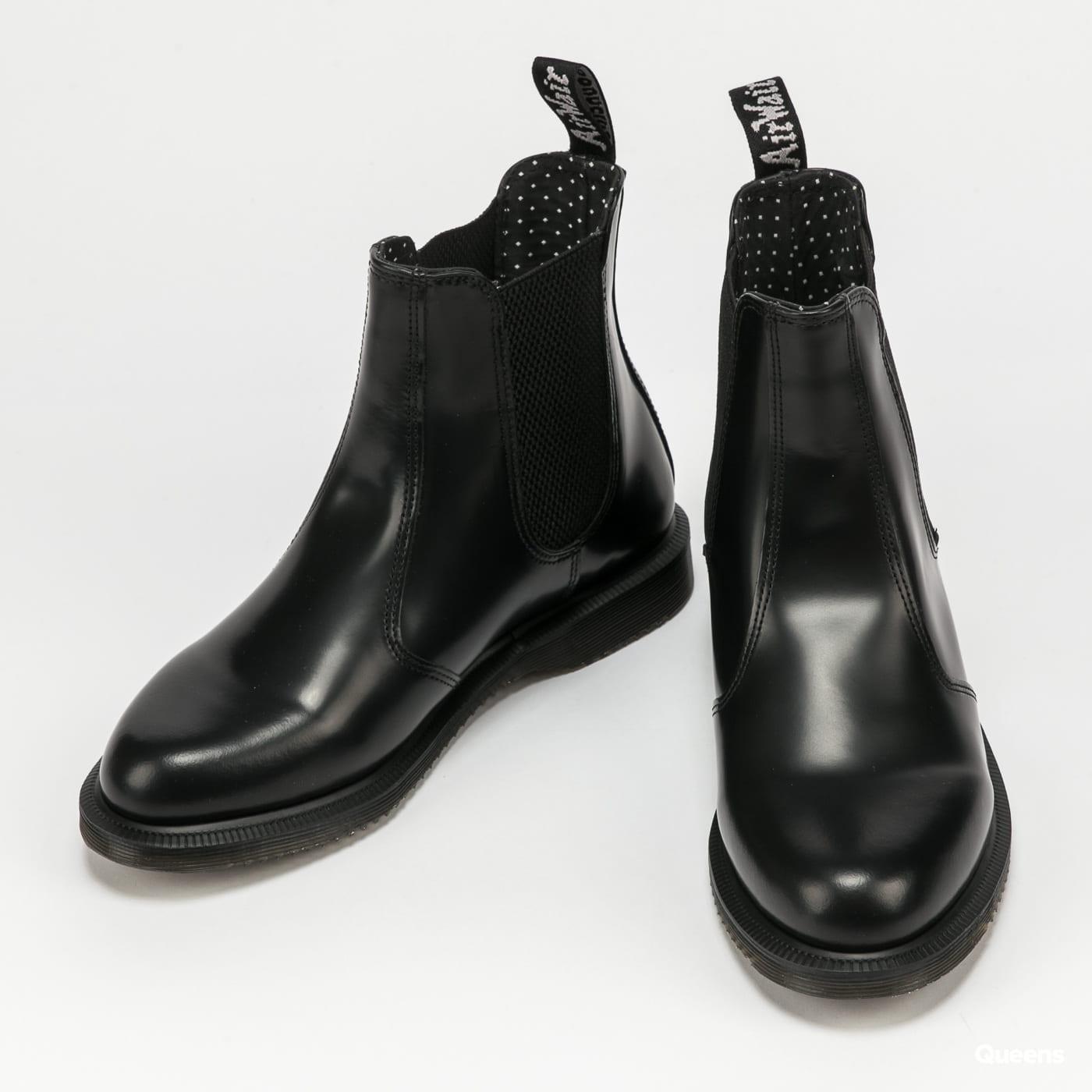 Dr. Martens Flora black polished smooth
