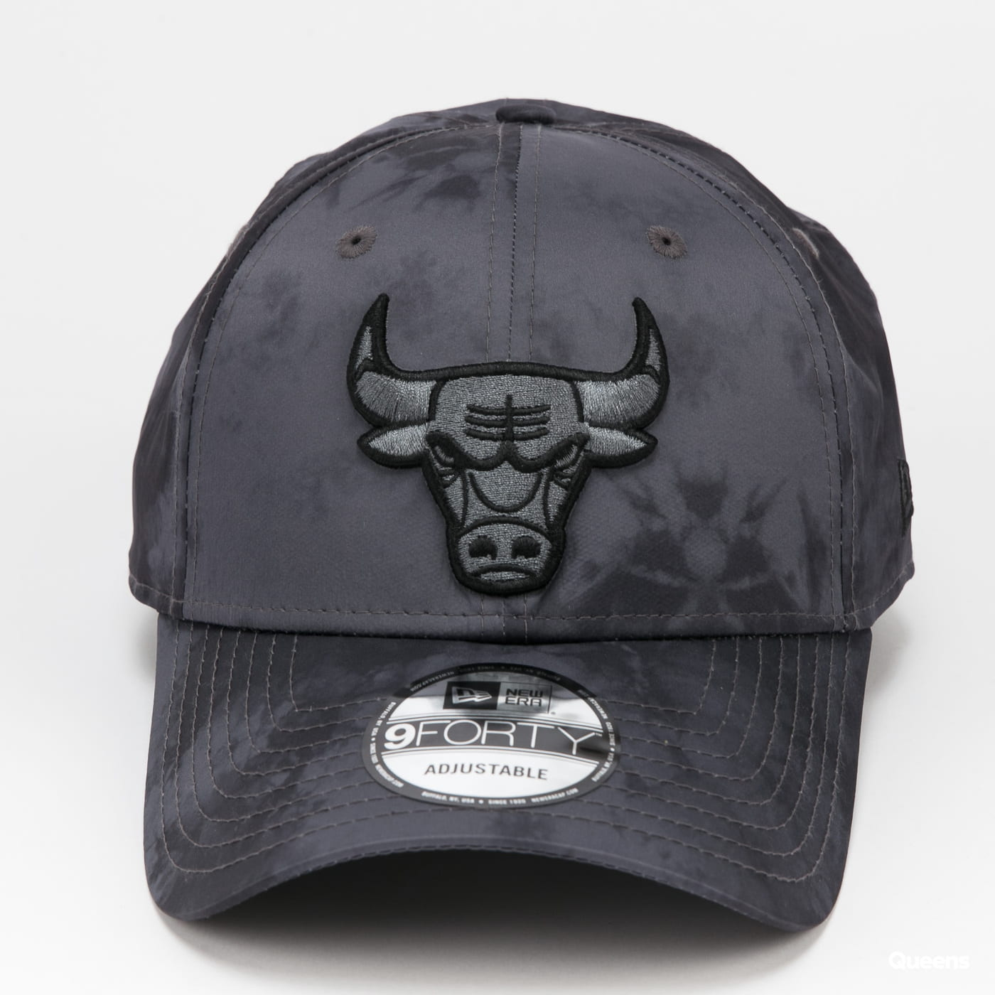 New Era 940 NBA Poly Print Chicago Bulls tmavě šedá
