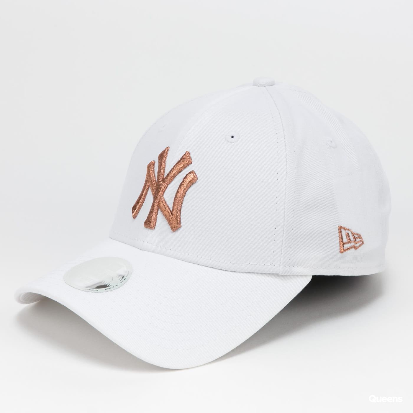 New Era 940W MLB Metallic NY bílá