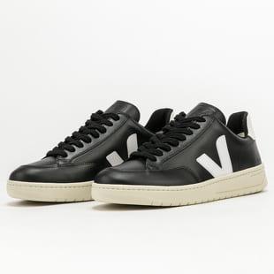 VEJA V-12 Leather