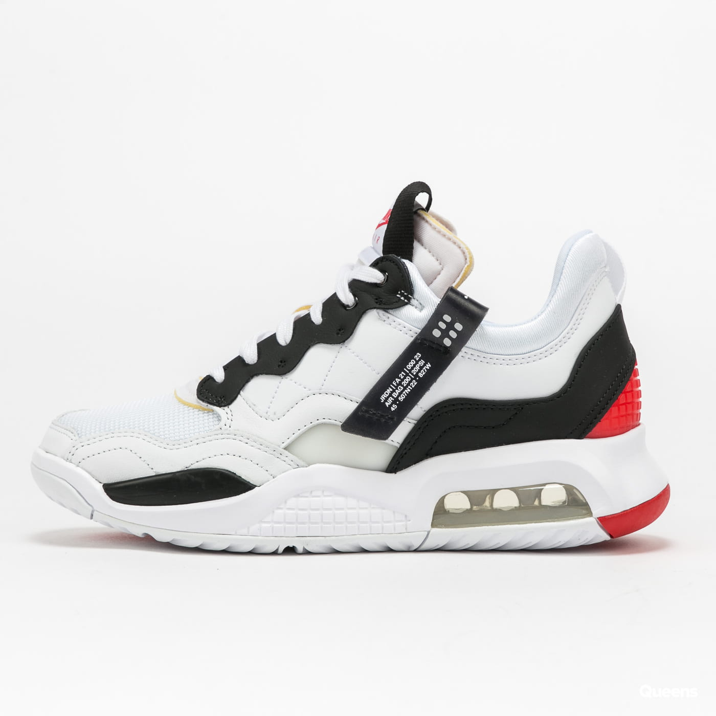 Jordan WMNS Jordan MA2 white / black - university red