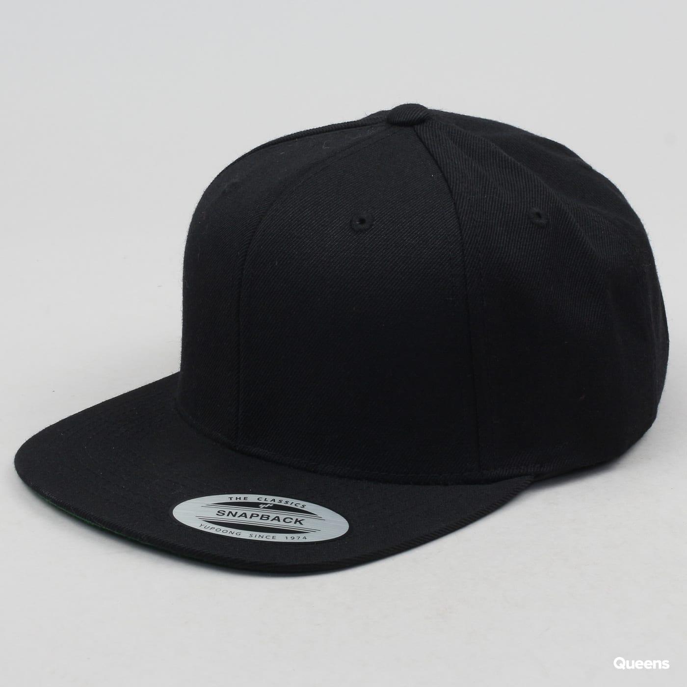 Yupoong Classic Snapback čierna / zelená