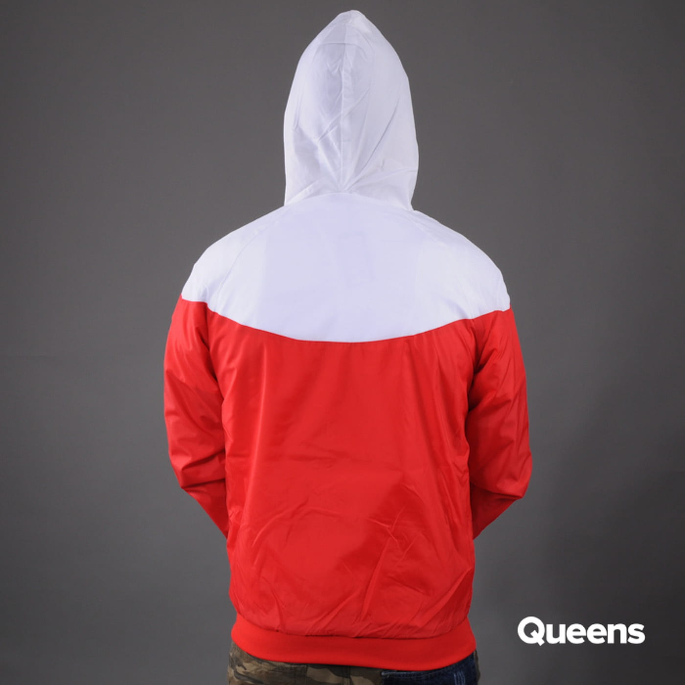 Urban Classics Arrow Windrunner red / white