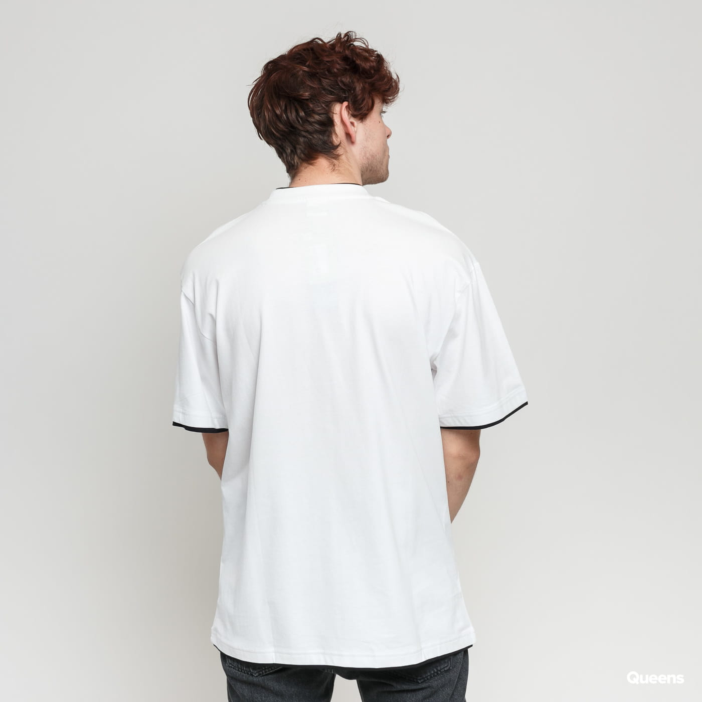 Urban Classics Contrast Tall Tee white / black