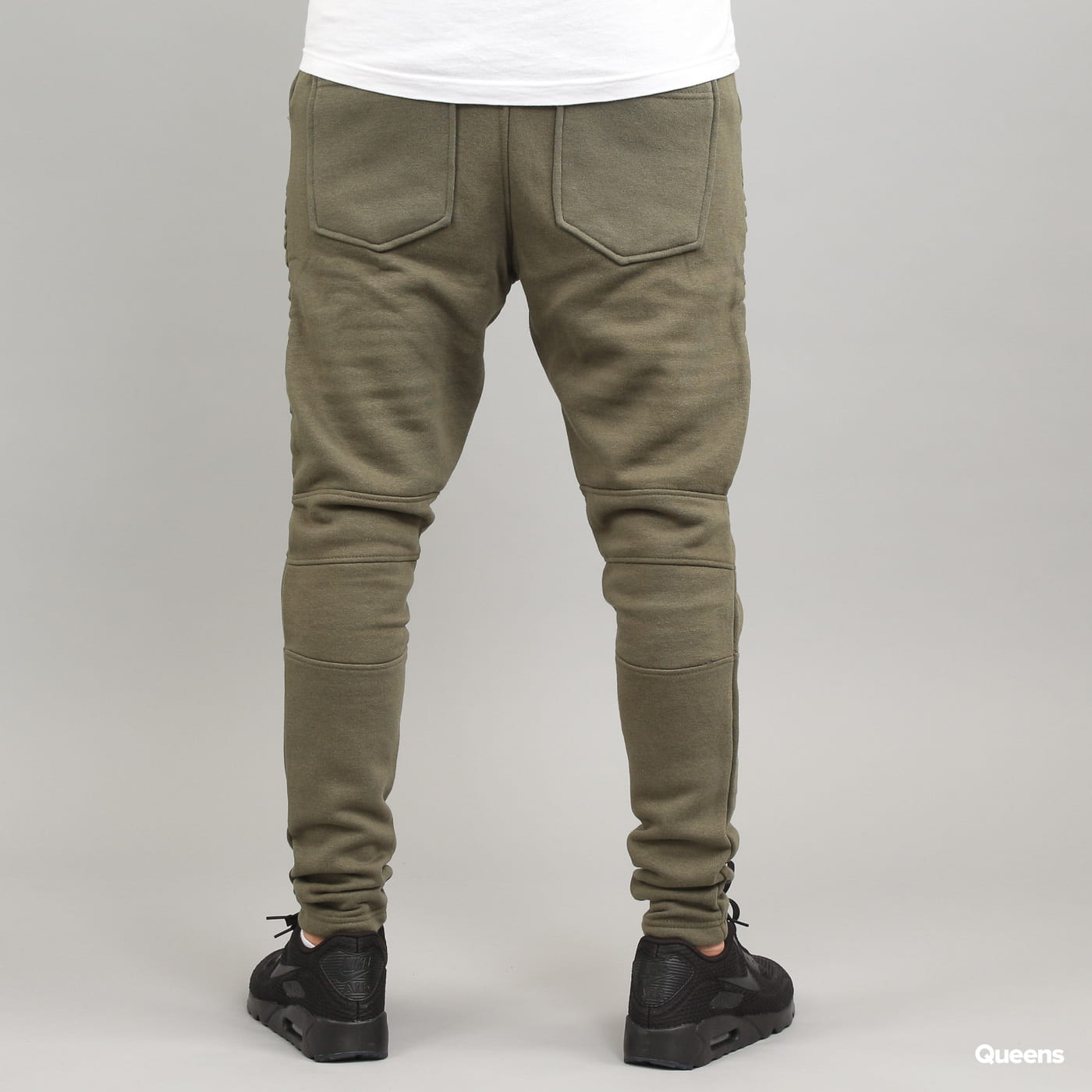 Urban Classics Pleat Sweatpants olivové