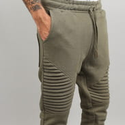 Urban Classics Pleat Sweatpants olive